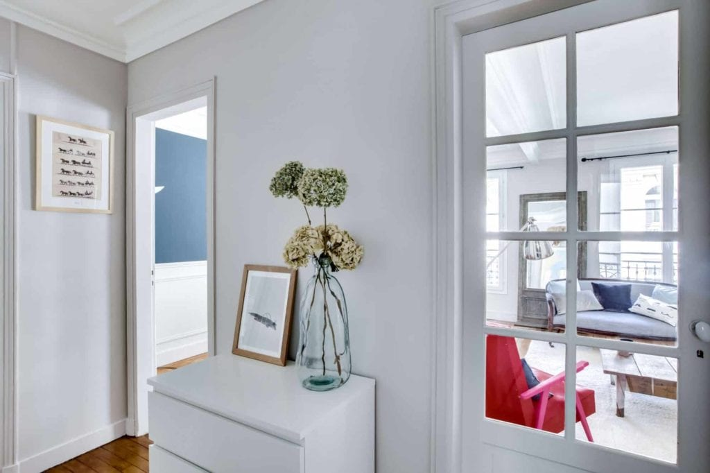 le secret des travaux de peinture pas cher monsieur peinture. Black Bedroom Furniture Sets. Home Design Ideas