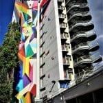 """Stoul - Tour CISP Ville de Paris XIIe arrondissement - Centre d'Animation Maurice Ravel """"ORU TOTEM"""" - Spray acrylique Amsterdam sur béton 3 façades 34m de haut - 2017 Festival des Cultures Urbaines Paris 12e - Photo Philippe Moreau"""