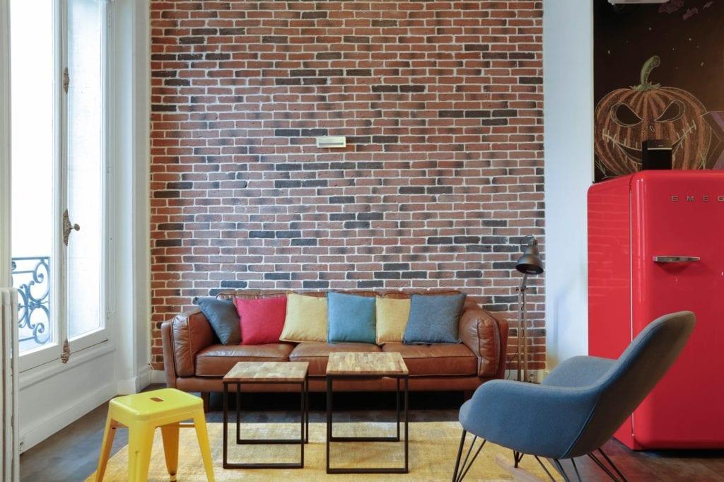 parement en briques monsieur peinture. Black Bedroom Furniture Sets. Home Design Ideas