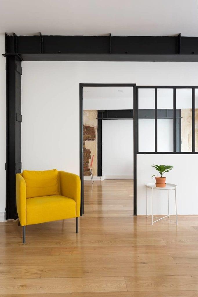 mise en place d 39 une verri re dans des bureaux monsieur peinture. Black Bedroom Furniture Sets. Home Design Ideas