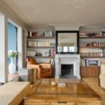 Peinture Argile et électricité dans appartement avec moulures