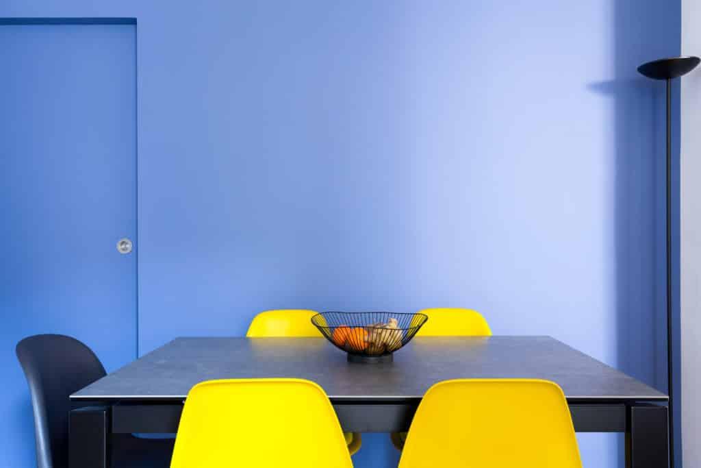 Peinture bleue : nos conseils pour une déco réussie