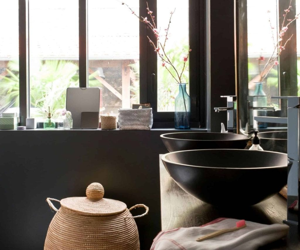salle de bain couleur aubergine faience salle de bain couleur faience ma faience salle de bain. Black Bedroom Furniture Sets. Home Design Ideas