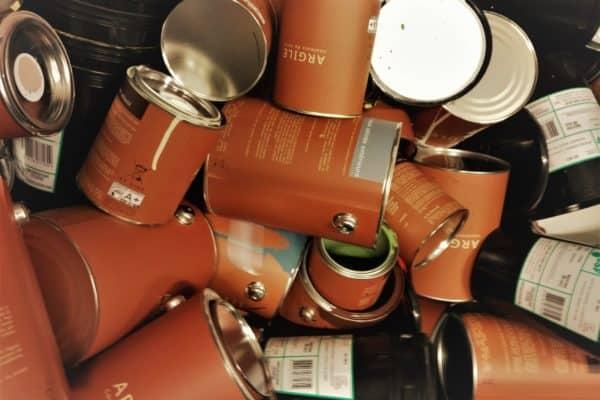 Où jeter vos pots de peinture vides et restes de peinture ?