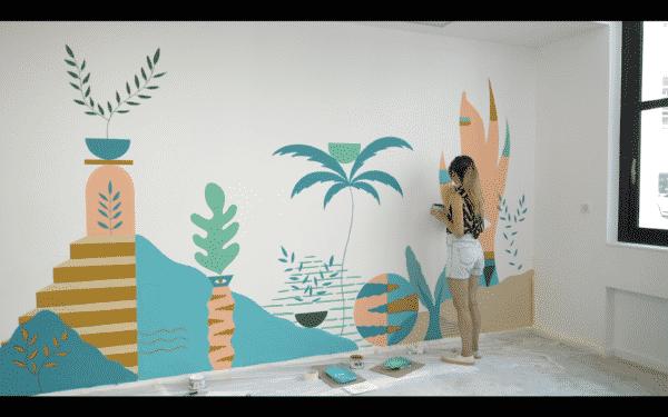 Fresque abstraite dans une startup