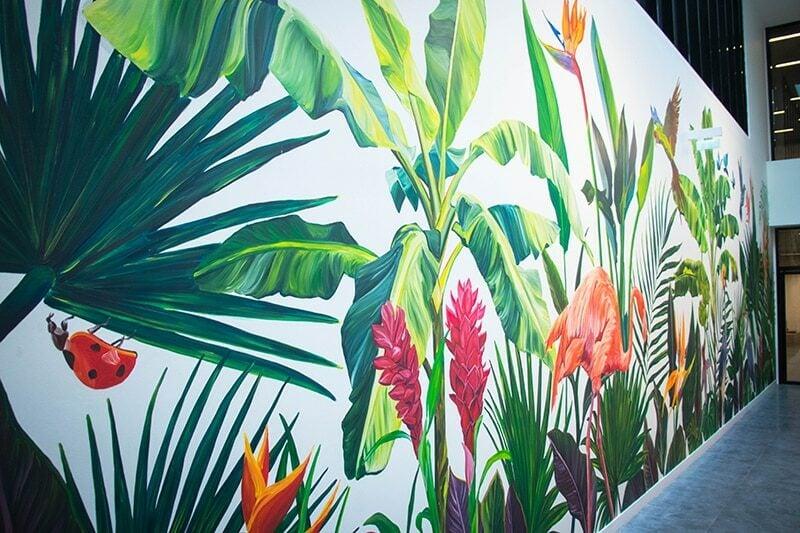 En 2021, Palm a réalisé une fresque végétale dans l'immeuble Workstation de Hines France